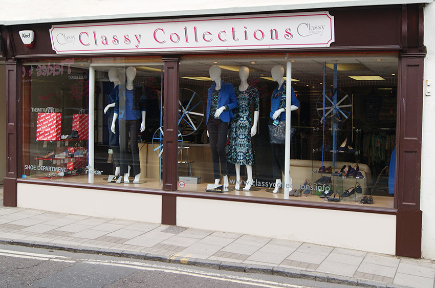 Classy Collections | 11 East Street, Wimborne, Dorset. BH21 1DS
